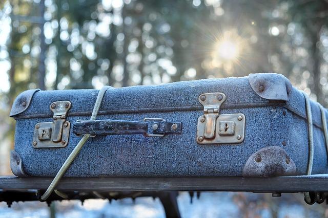 luggage-2020548_640.jpg