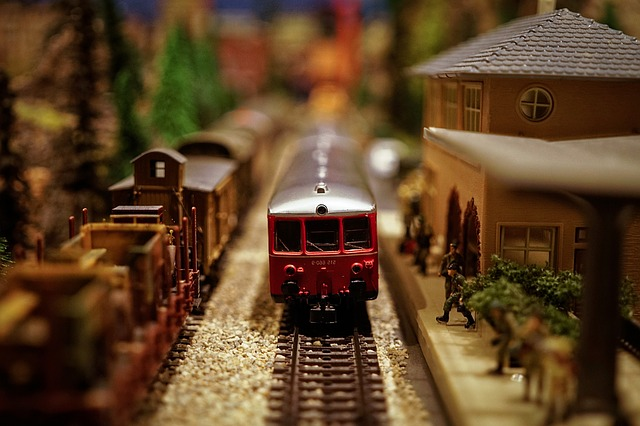 model-train-1146828_640.jpg