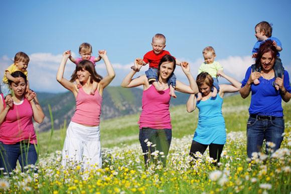 mothers_babies580_1.jpg
