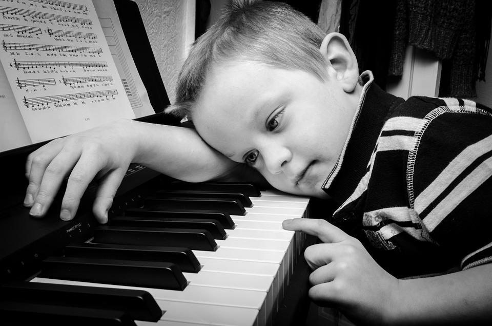 music_child.jpg
