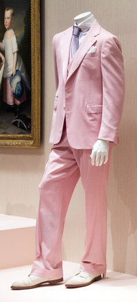 ralph-lauren-suit_custom-c74c6c34b021a5c2e24fdc56a6c0092820100694-s200-c85.jpg