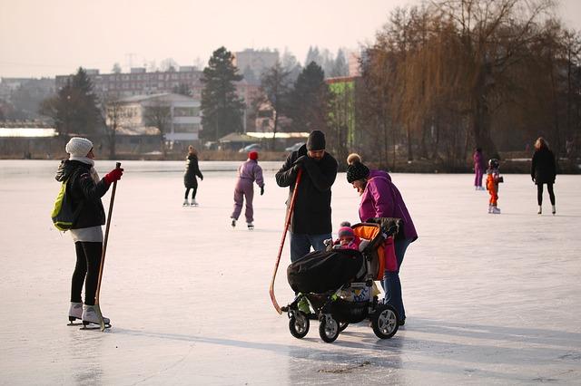 skating-3263383_640.jpg