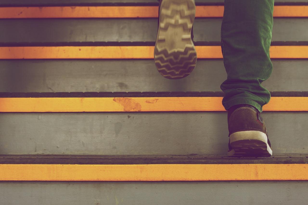 steps-388914_1280.jpg