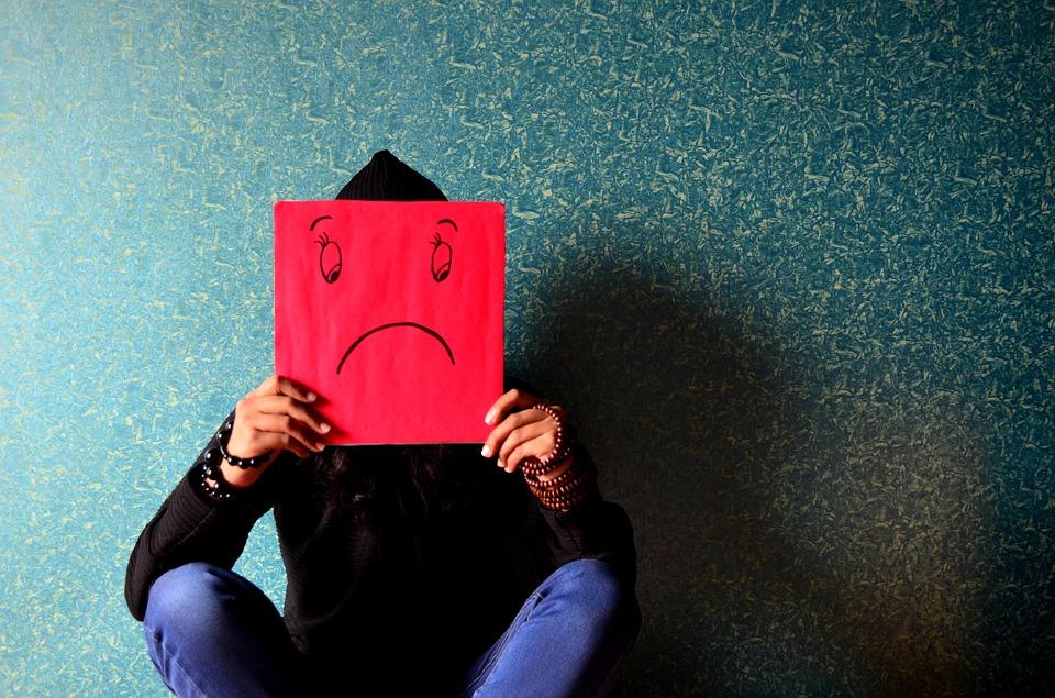 unhappy-389944_960_720.jpg