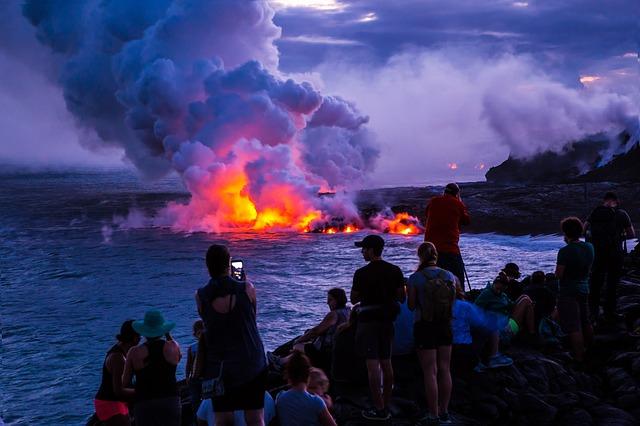 volcano-1803865_640.jpg