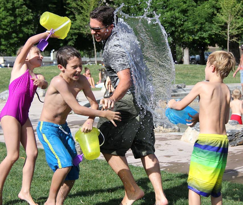 water-fight-442257_960_720_2.jpg