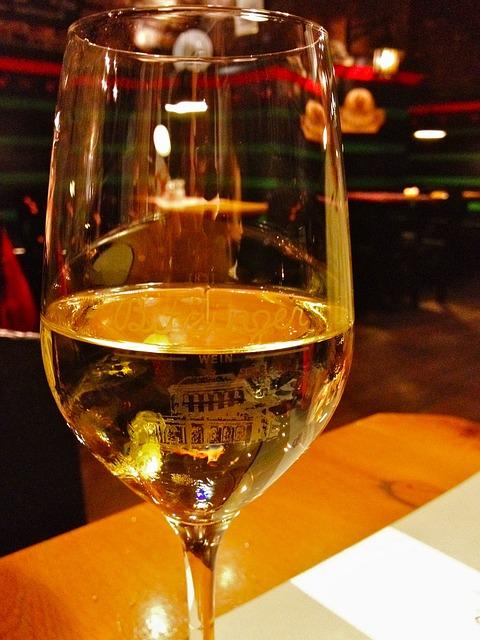 wine-629254_640.jpg