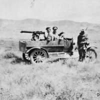 Villámposzt: Mad  Max 1932: Harc az emukkal