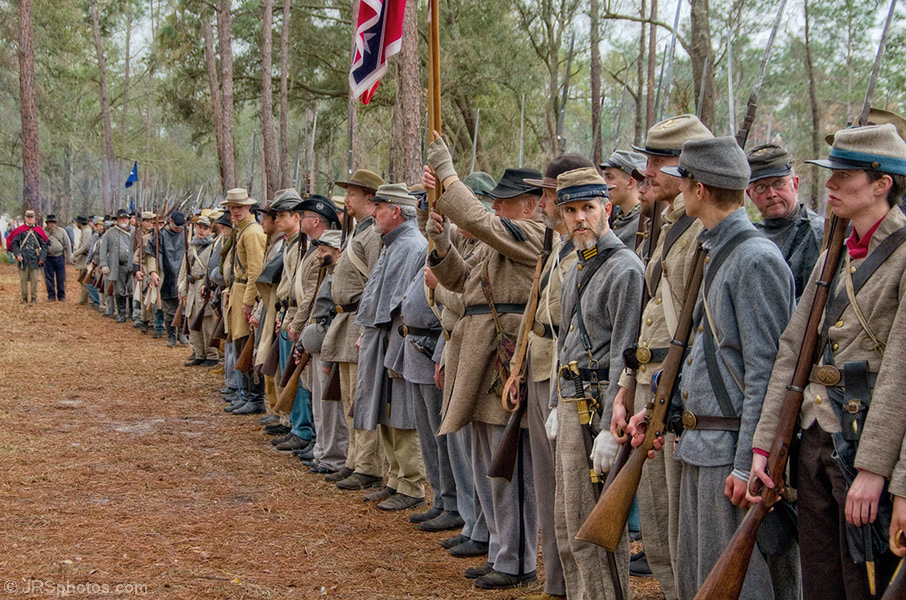 confederate soldiers.jpg