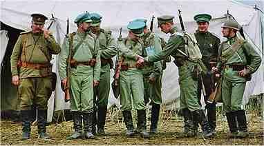 russian_ww1_infantry_in_summer_uniforms.jpg