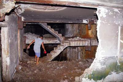 10 Lower level on Fort Drum, 'The Concrete Battleship'.JPG