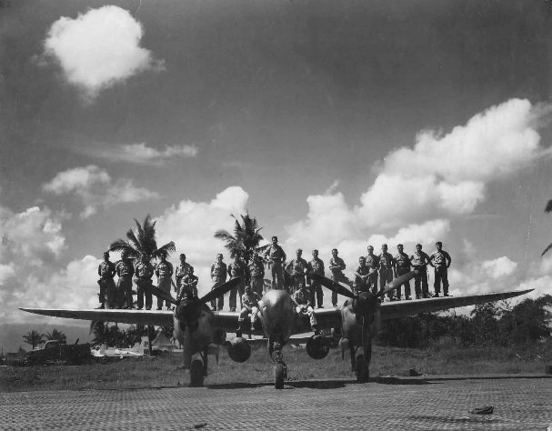 p-38_leyte_philippines_8th_photo_recon_squadron.jpg