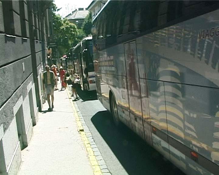 buses2.jpg