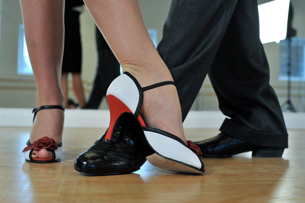 argentine-tango-2079964_1280.jpg