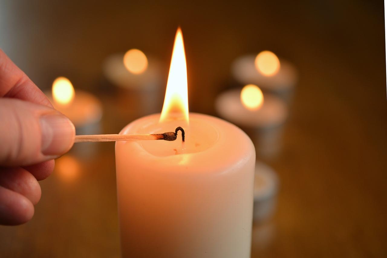 candle-1750640_1280.jpg
