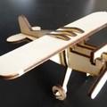 Repülőgép fa modell