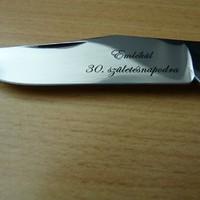 Kés pengéjének gravírozása