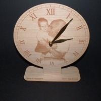 Fényképpel gravírozott óra - ajándék