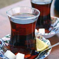 Demli Çay İçmenin Sağlığa Zararı Var mı?