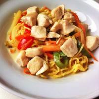 Ázsiai zöldséges tészta
