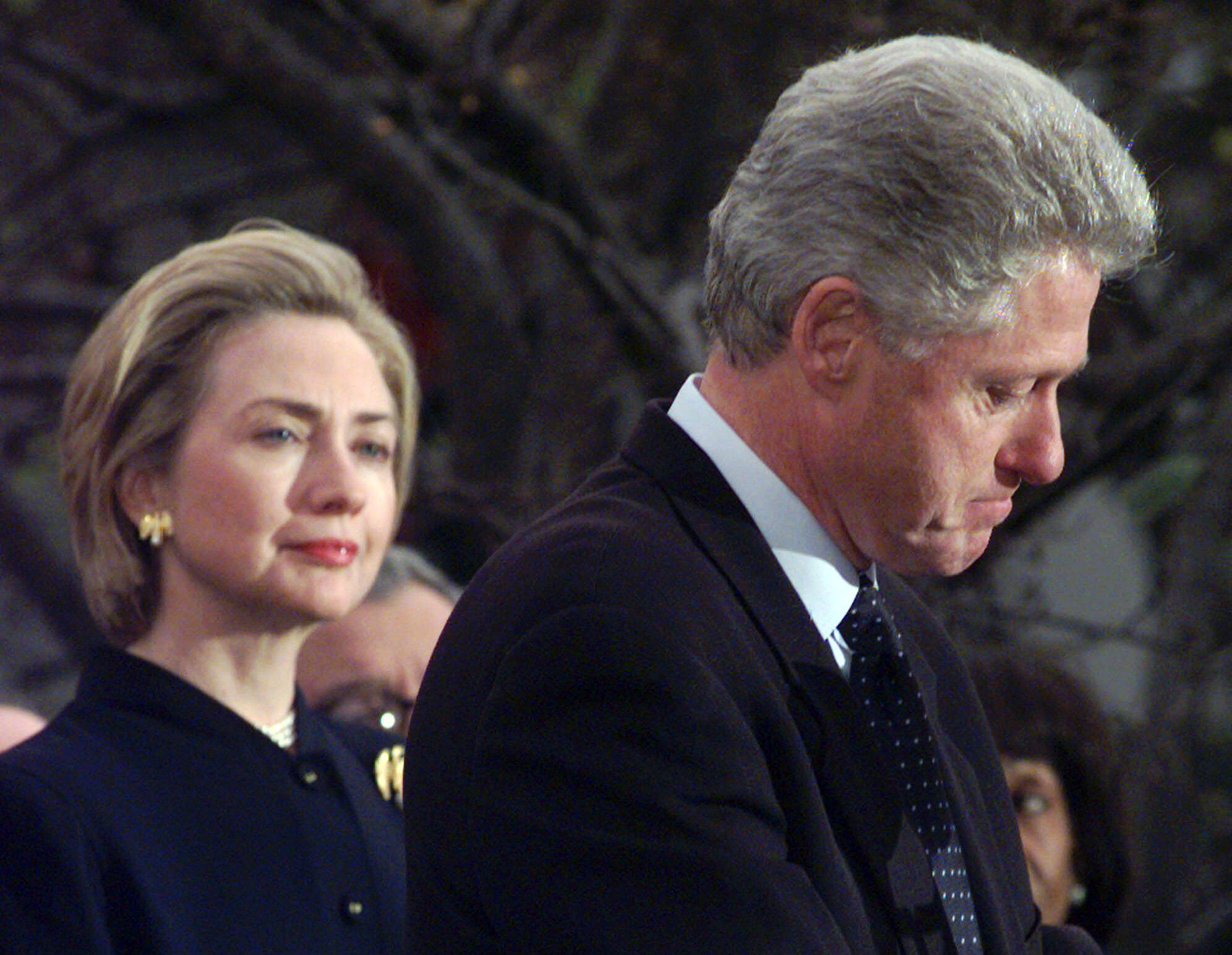 bill-clinton-trying-to-look-vulnerable.jpg