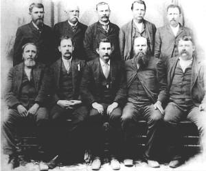 1866-ban pedig Connecticutban megalakult az első 'Kövér férfiak klubja', amely nagyon is népszerű volt az Egyesül Államokban. Tagjai kizárólag 90kg feletti férfiak lehettek.