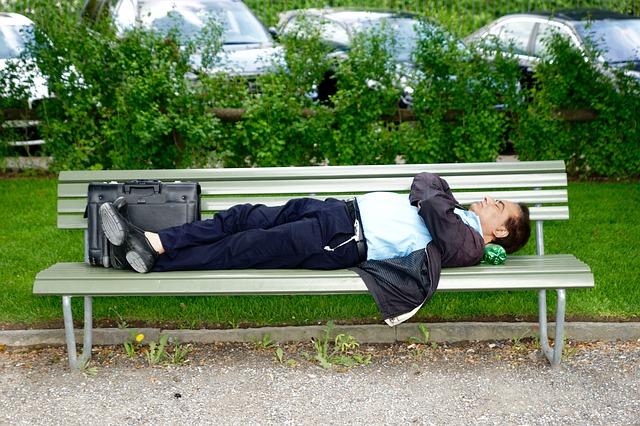 park-bench-771653_640.jpg