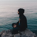 Hogyan fejlesztheti az életed a Mindfulness 3 egyszerű lépésben?