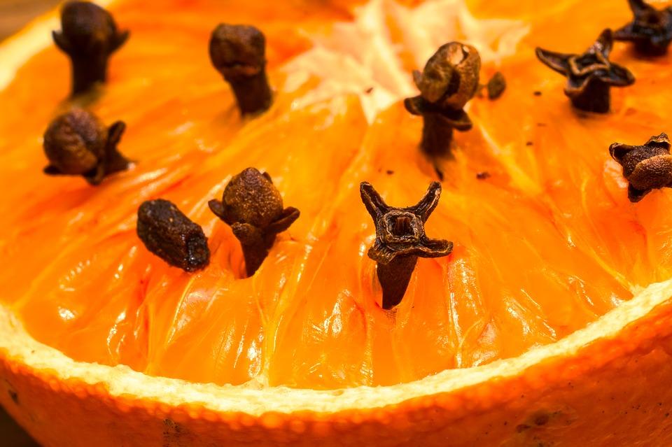 studded-orange-1272050_960_720.jpg