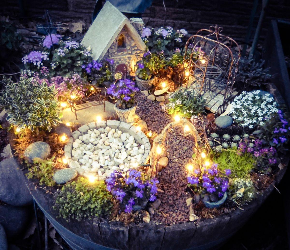 12-some-enchanted-evening-fairy-garden-ideas-homebnc.jpg