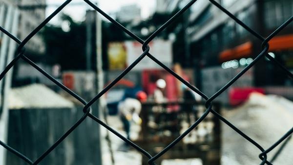 steel-fence.jpg