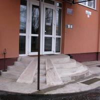 Novák Gábor – AKADÁLYLÉTESÍTÉS
