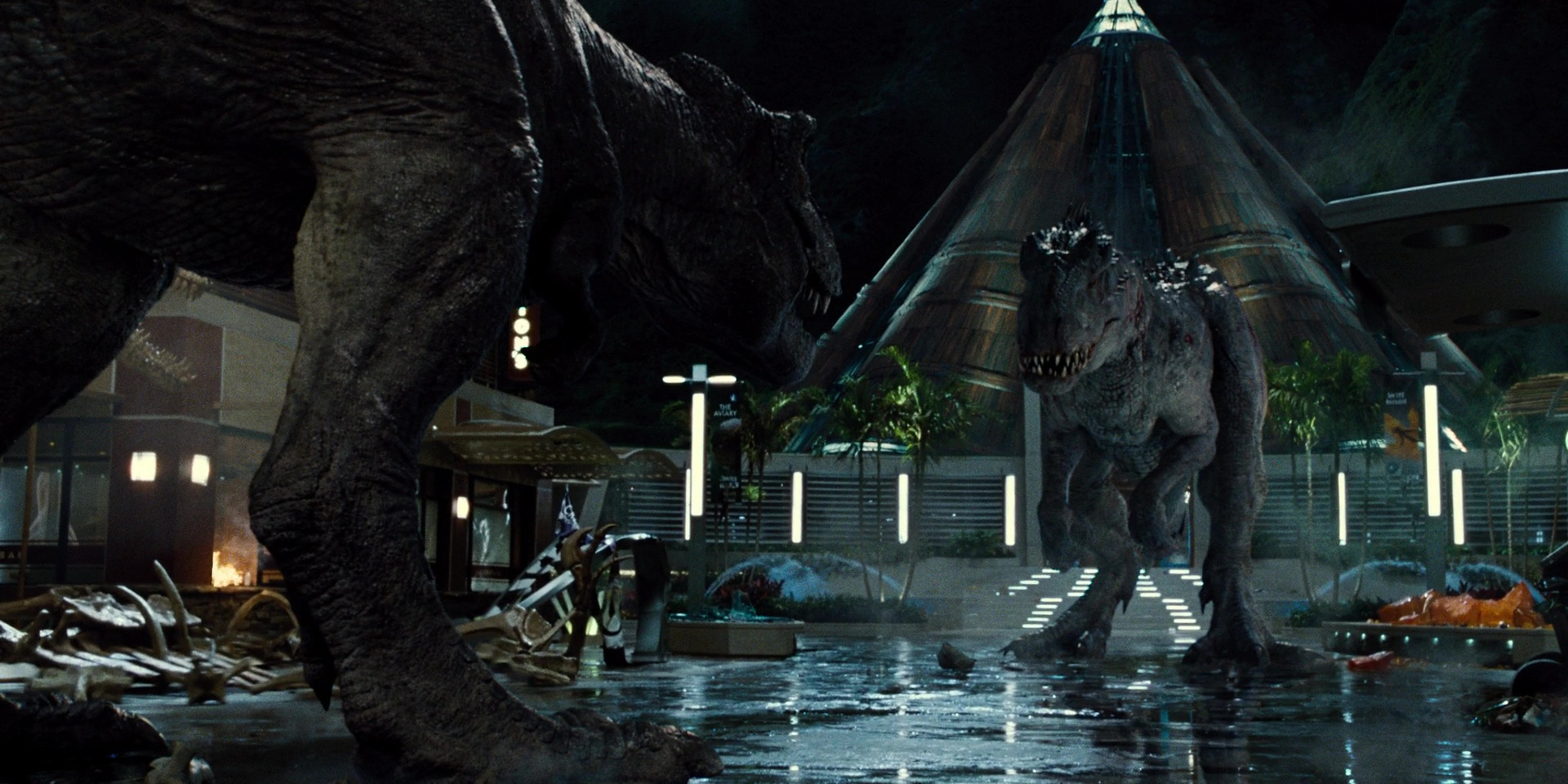 tyrannosaurus_rex_vs_indominus_rex.jpg