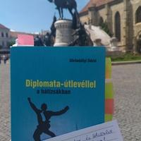 Görömbölyi Dávid: Diplomata-útlevéllel a hátizsákban