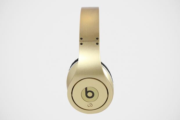 beats-team-usa-gold-medal-headphones-2-620x413.jpg