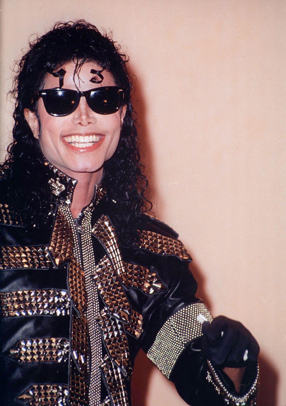 Michael Jackson imádta a szemüvegeket. - Örök divat.