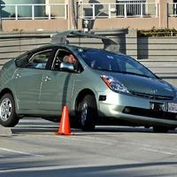 2020, 2040, 2060 – így megy hódító útjára a sofőrmentes autó