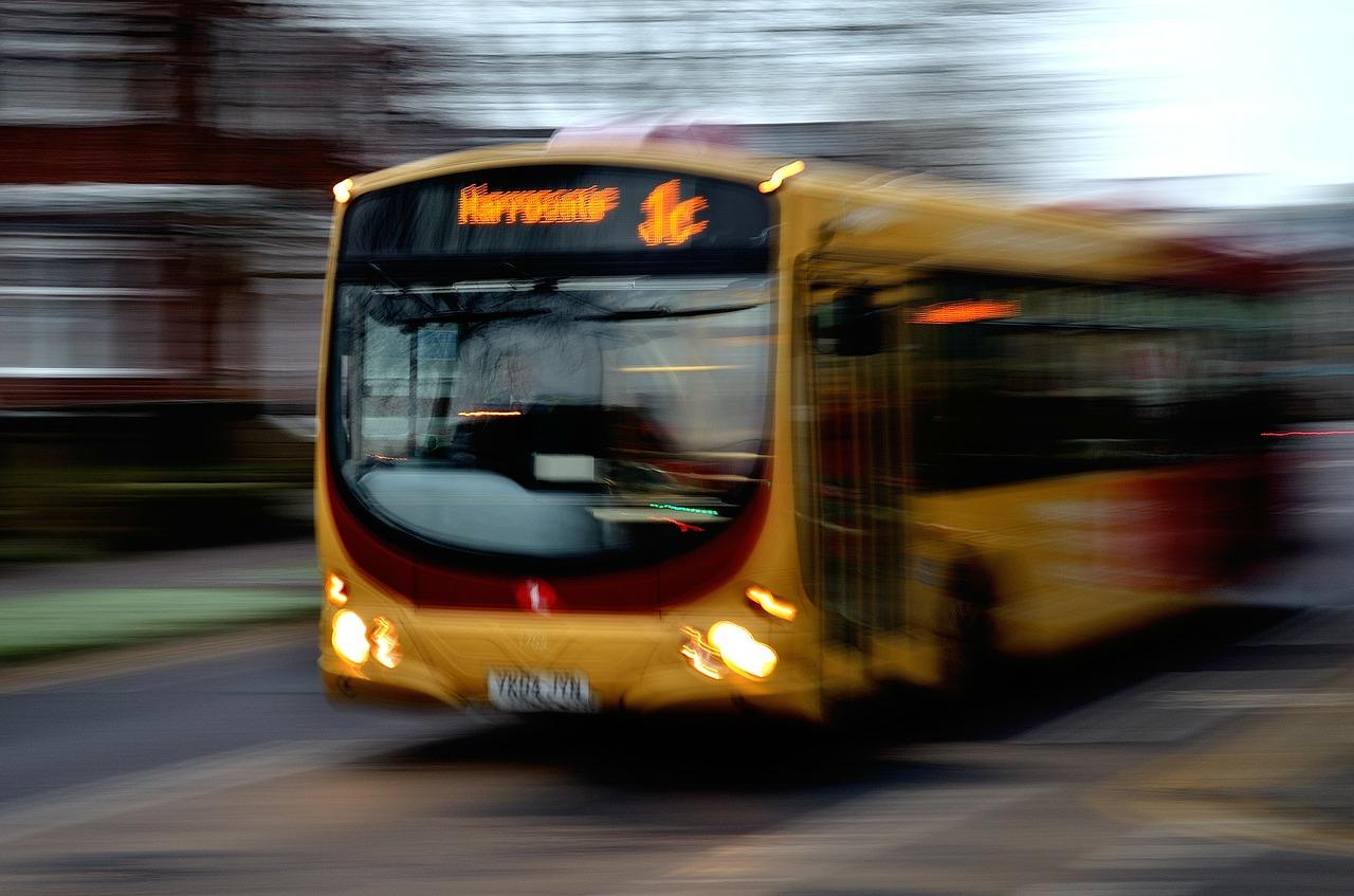 bus-22114_1280.jpg