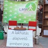 LMP tiltakozó demonstráció a kilakoltatási moratórium feloldása ellen