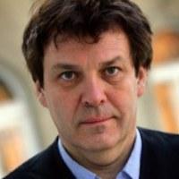 Príma díjazott: Prof. dr. Miszlivetz Ferenc