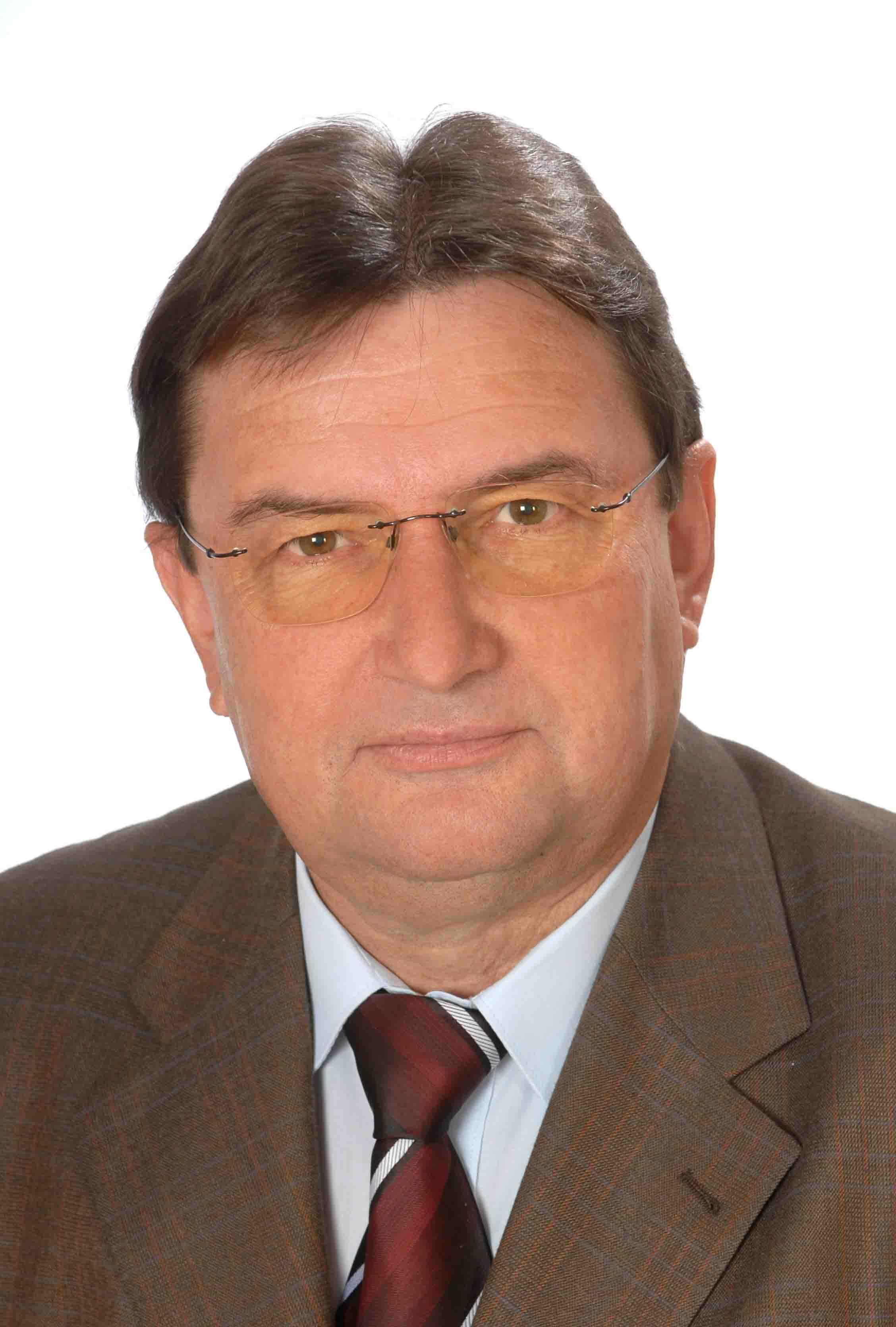 Patyi Elemér fotó_2.jpg