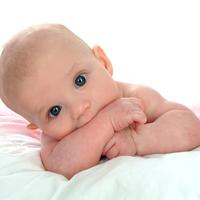 0-6 hónapos babád van?