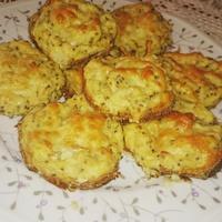 Hiper-egészséges szénhidrátszegény sajtkrémes pogácsa