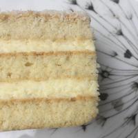 Cukor és lisztmentes Raffaello-szelettel köszöntsd a hétvégét!