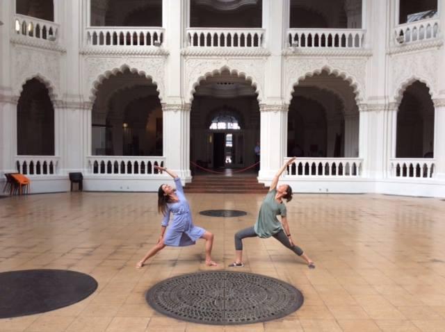 Jótékonysági jóga- iskolakezdés