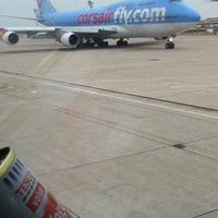 Löncshús ma repülőgéppel érkezik