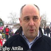 Fiaskó határán Ughy Attila rendezvénye?