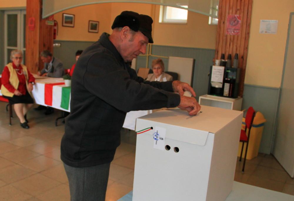 szavazas 2.jpg