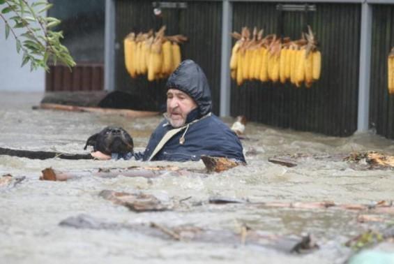 árvíz Boszniában 2014. május2.jpg