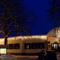 Ünnepi képek a Lovas étteremről